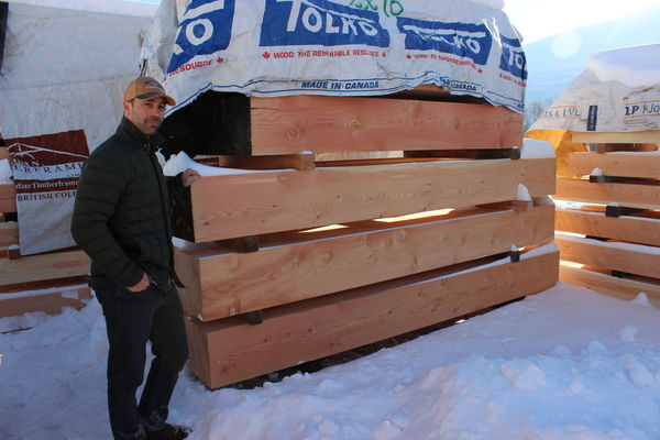 Canadian-timberframes-facility-logs.JPG