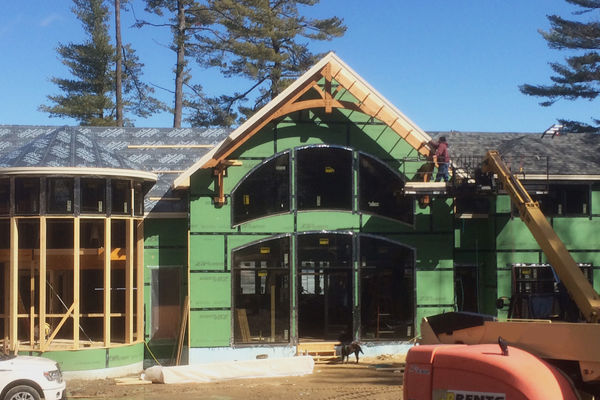 Governors-Island-New-Hampshire-Canadian-Timberframes-Construction-Exterior