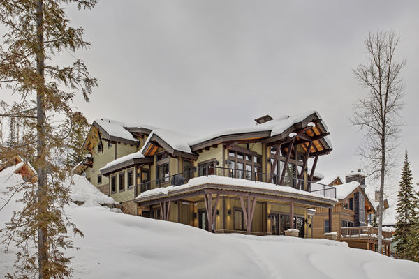 Kicking-Horse-Chalet-British-Columbia-Canadian-Timberframes-Rear-Exterior