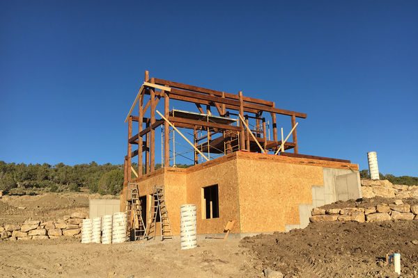 Montrose-Ranch-Colorado-Canadian-Timberframes-Construction-Raising