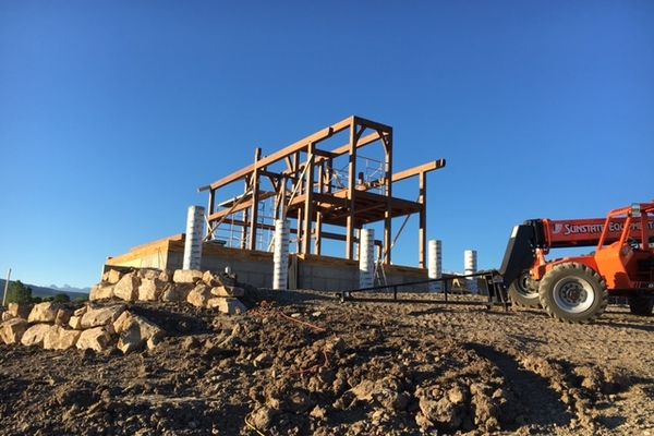 Montrose-Ranch-Colorado-Canadian-Timberframes-Construction-Timber-Raising