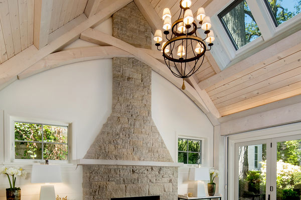 Beach-Home-Toronto-Ontario-Canadian-Timberframes-great-room-truss