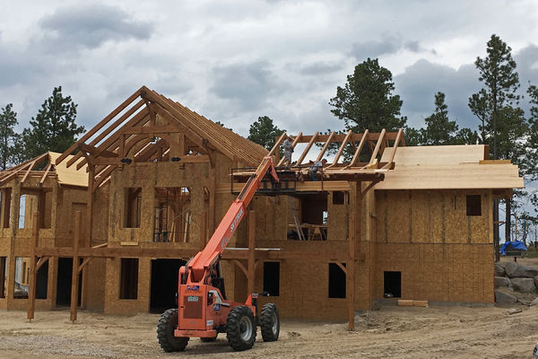 Colorado-Springs-Timber-Home-Construction-Roofing