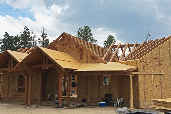 Colorado-Springs-Timber-Home-Construction-Stairs