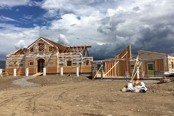 Montrose-Ranch-Colorado-Canadian-Timberframes-Construction-Wall-Panels