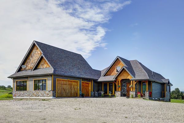 Foothills-of-Calgary-Alberta-Canadian-Timberframes-Front-Exterior