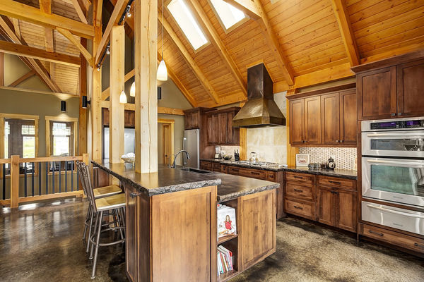Foothills-of-Calgary-Alberta-Canadian-Timberframes-Kitchen