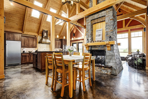 Foothills-of-Calgary-Alberta-Canadian-Timberframes-Dining-Room