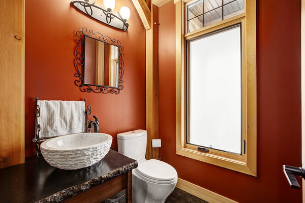 Foothills-of-Calgary-Alberta-Canadian-Timberframes-Powder-Room