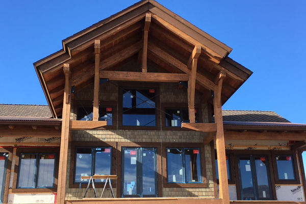 Montrose-Ranch-Colorado-Canadian-Timberframes-Construction-Rear-Deck