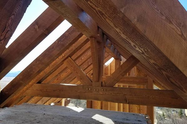 Steamboat-Springs-Colorado-Canadian-Timberframes-Construction-Truss
