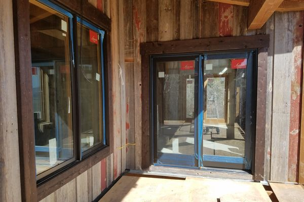 Steamboat-Springs-Colorado-Canadian-Timberframes-Construction-Deck-Windows