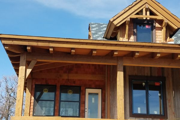 Steamboat-Springs-Colorado-Canadian-Timberframes-Construction-Balcony-Siding