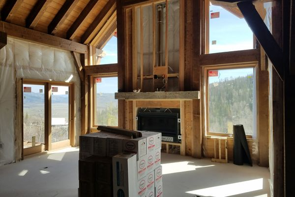 Steamboat-Springs-Colorado-Canadian-Timberframes-Construction-Great-Room