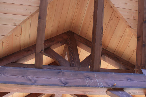 Rocky-Mountain-House-Canadian-Timberframes-Construction-Truss