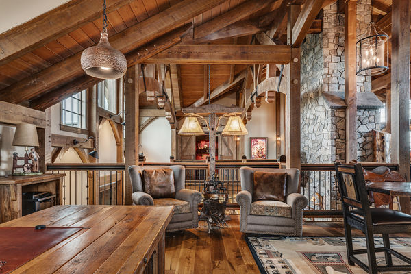 Rustic-River-Calgary-Alberta-Canadian-Timberframes-timber-beams