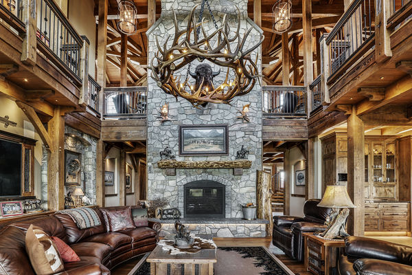 Rustic-River-Calgary-Alberta-Canadian-Timberframes-Great-Room-fire-place