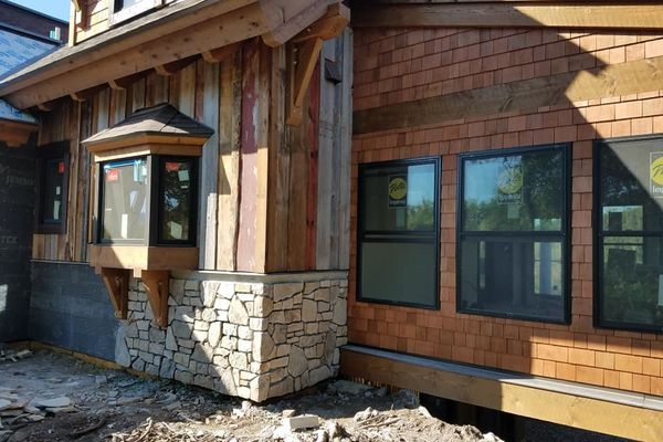 Steamboat-Springs-Colorado-Canadian-Timberframes-Construction-Siding