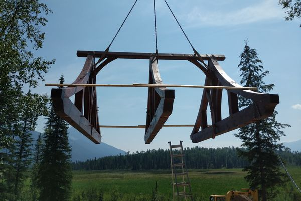 Blaeberry-Timber-Home-Construction-British-Columbia-Outdoor