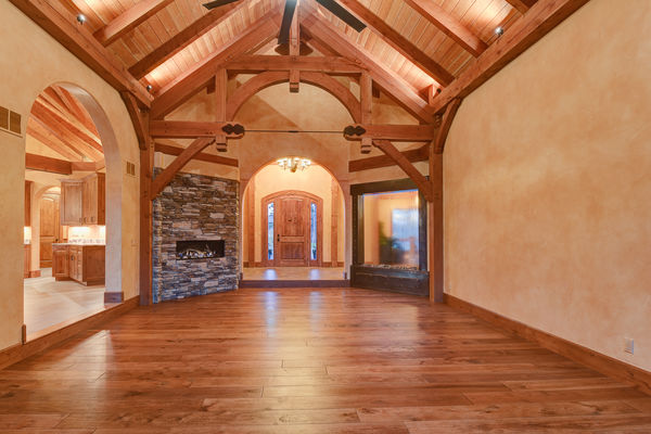 Colorado-Springs-Timber-Home-Canadian-Timberframes-Great-Room