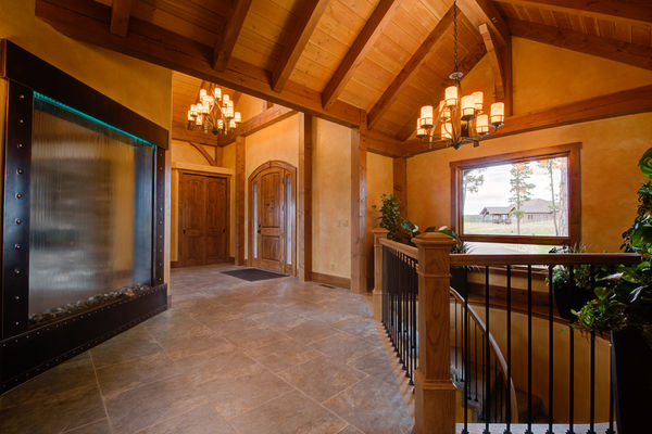 Colorado-Springs-Timber-Home-Canadian-Timberframes-Entrance-Hallway