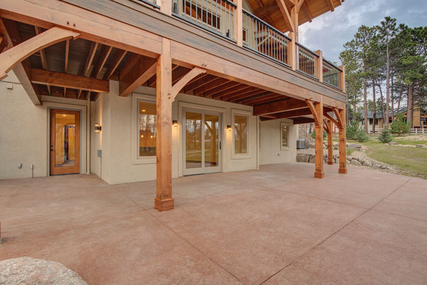 Colorado-Springs-Timber-Home-Canadian-Timberframes-Stone-Work