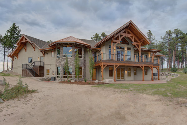 Colorado-Springs-Timber-Home-Canadian-Timberframes-Basement-Family-Room