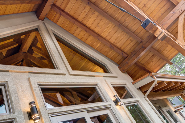 Colorado-Springs-Timber-Home-Canadian-Timberframes-Rear-Patio