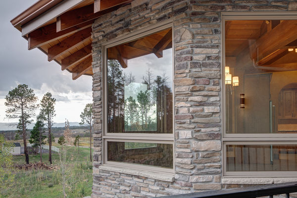 Colorado-Springs-Timber-Home-Canadian-Timberframes-Rear-Exterior