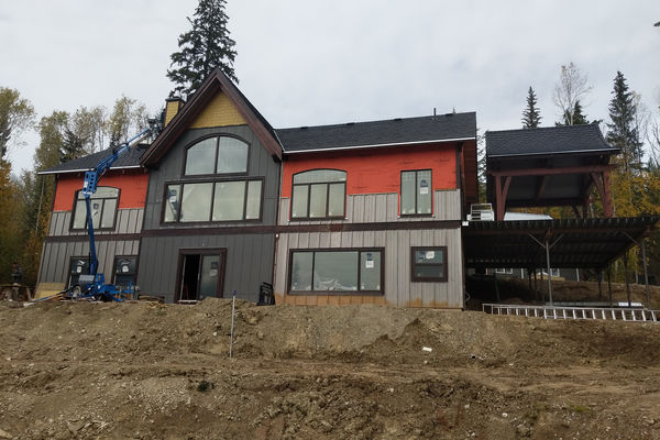 Blaeberry-Timber-Home-Construction-British-Columbia-Rear-Exterior-Siding.jpg