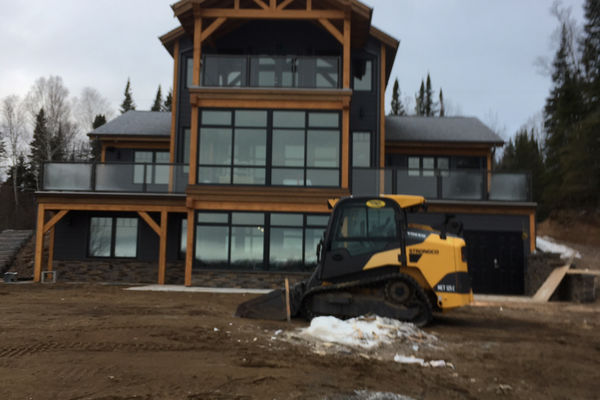 Loon-Lake-Cottage-Ontario-Canadian-Timberframes-Construction-Rear-Exterior