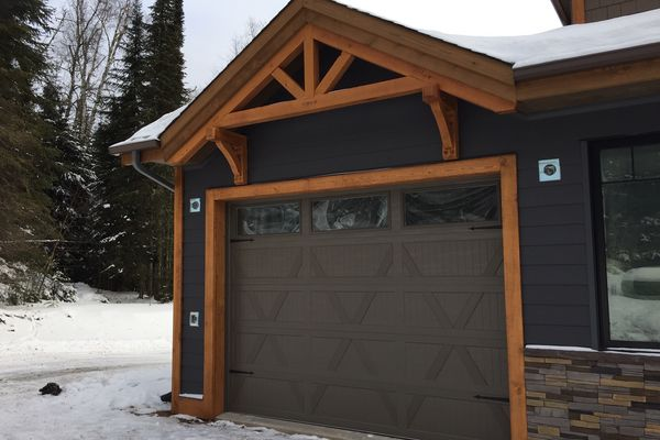 Loon-Lake-Cottage-Ontario-Canadian-Timberframes-Completed-Garage