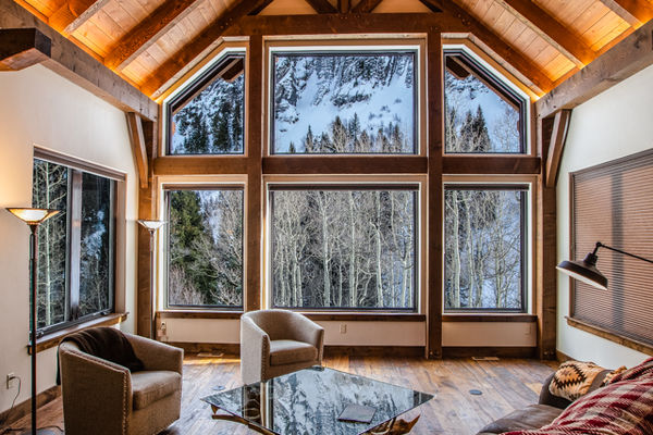 Ouray-Mountain-Home-Colorado--Canadian-Timberframes-Great-Room