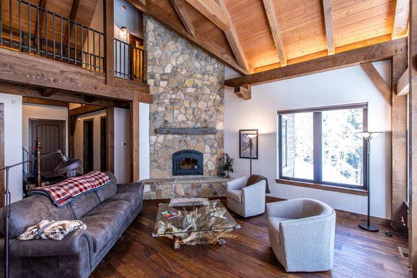 Ouray-Mountain-Home-Colorado--Canadian-Timberframes-Fire-Place