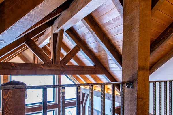 Ouray-Mountain-Home-Colorado--Canadian-Timberframes-Loft