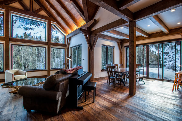 Ouray-Mountain-Home-Colorado--Canadian-Timberframes-Great-Room-Dining