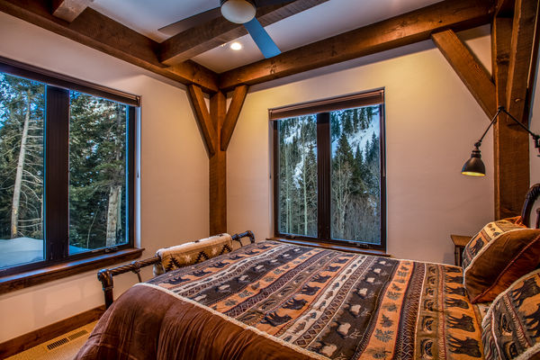 Ouray-Mountain-Home-Colorado--Canadian-Timberframes-Master-Bedroom