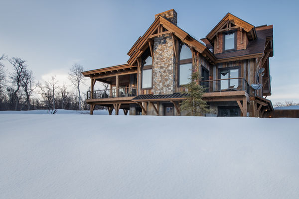 Steamboat-Springs-Colorado-Canadian-Timberframes-Rear-Exterior