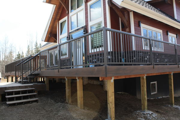 Rocky-Mountain-House-Alberta-Canadian-Timberframes-Construction-Exterior