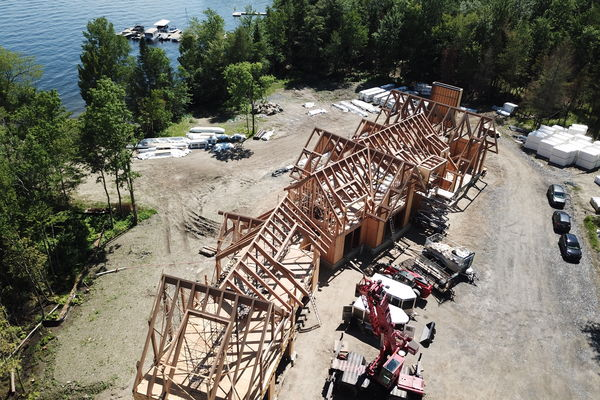 Memphremagog-Lake-House-Quebec-Canadian-Timberframes-Construction-Raising