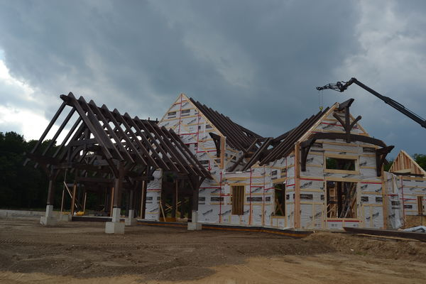 Timber-Creek-Ranch-Canadian-Timberframes-Ontario-Construction