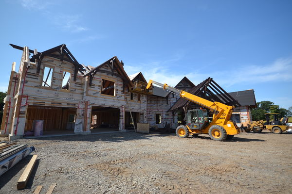 Timber-Creek-Ranch-Canadian-Timberframes-Ontario-Construction-Exterior