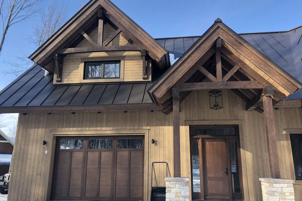 Bromont-Timber-Frame-Home-Quebec-Canadian-Timberframes-Completed-Front-Exterior
