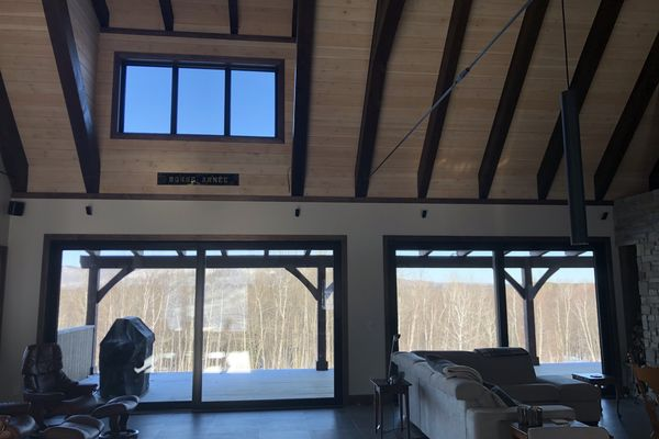Bromont-Timber-Frame-Home-Quebec-Canadian-Timberframes-Completed-Interior-Stairs