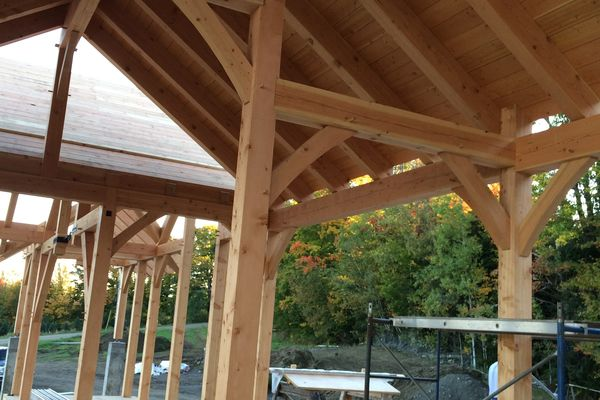 Bear-Rock-Colebrook-New-Hampshire-Canadian-Timberframes-Construction-Timbers