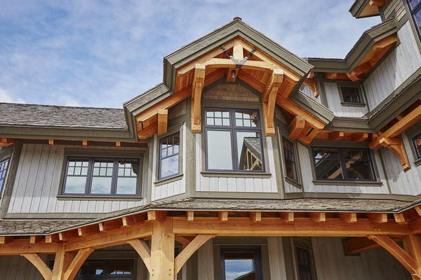 Hill-Top-Retreat-Collingwood-Ontario-Canadian-Timberframes-Siding