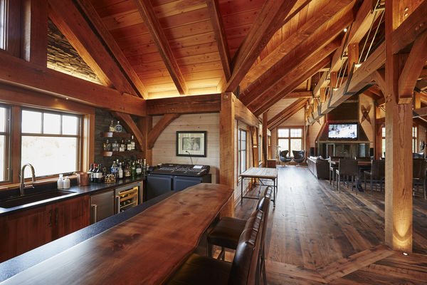 Hill-Top-Retreat-Collingwood-Ontario-Canadian-Timberframes-bar
