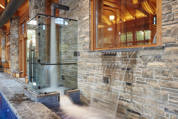 Hill-Top-Retreat-Collingwood-Ontario-Canadian-Timberframes-Outdoor-Shower