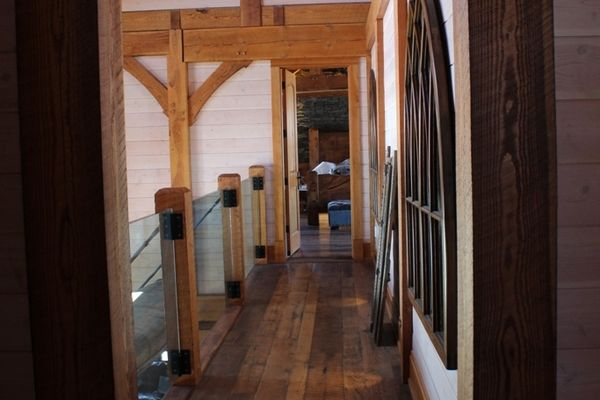 Hill-Top-Retreat-Collingwood-Ontario-Canadian-Timberframes-Bedroom