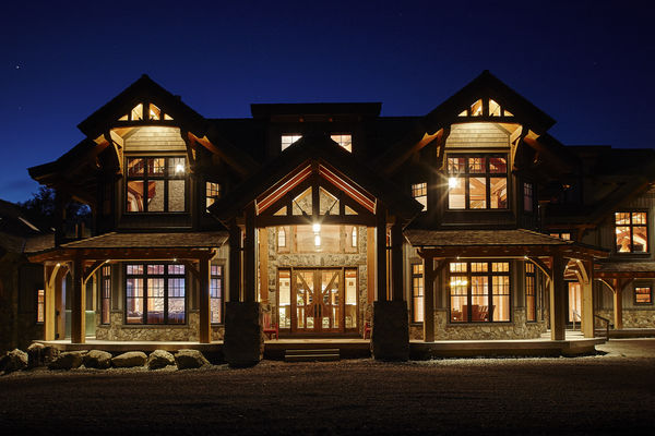 Hill-Top-Retreat-Collingwood-Ontario-Canadian-Timberframes